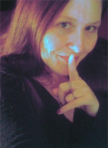 Nicole cherche un bel étalon à former au sexe