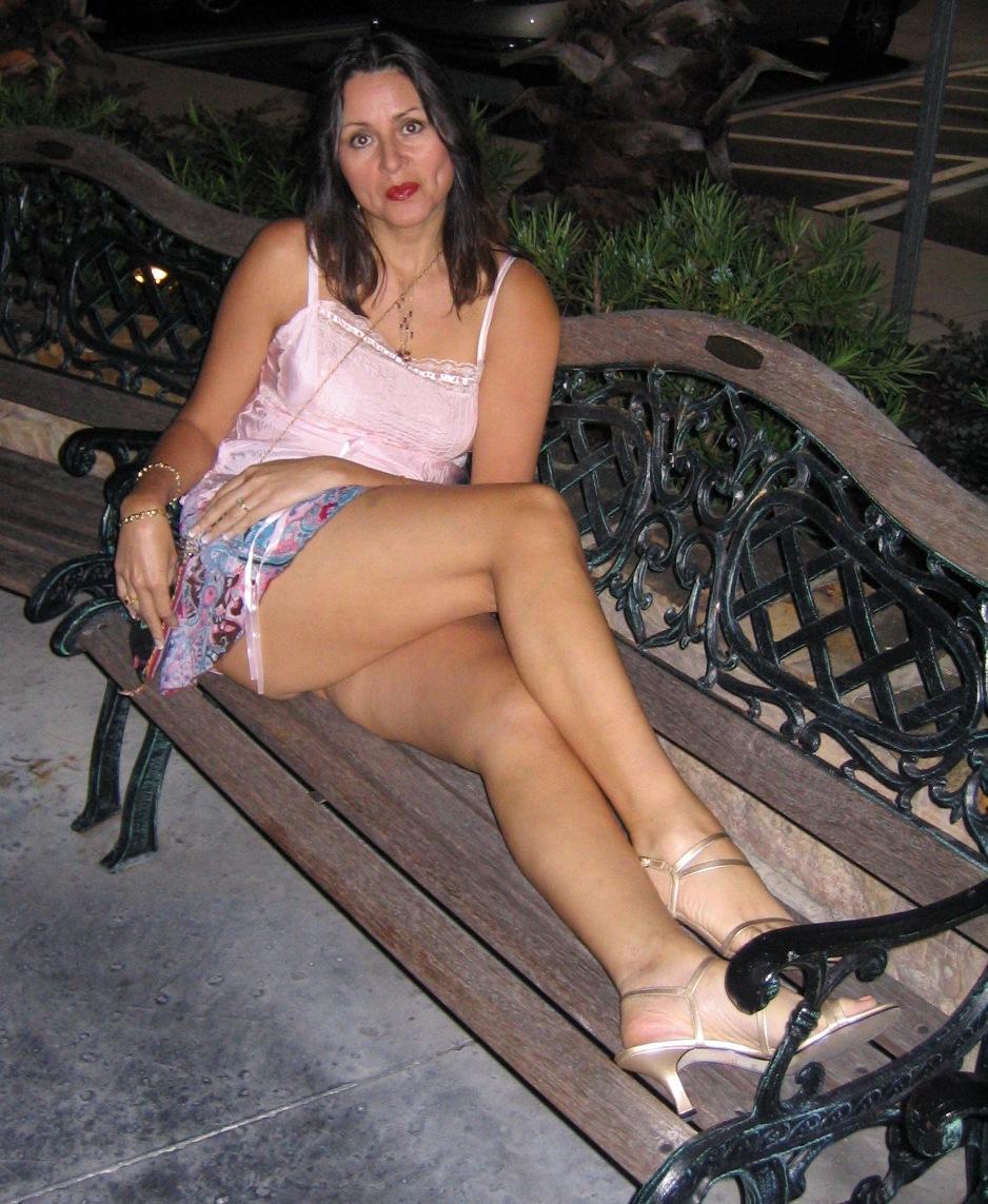 Femme mure pour apprends sexe à puceau de Montpellier