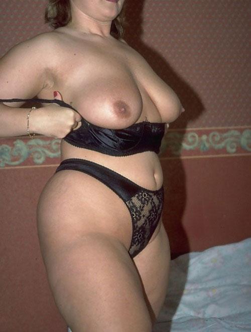 Femme cherche une relation sexuelle avec puceau