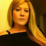 Femme blonde 36 ans pour puceau coquin sur Bourges